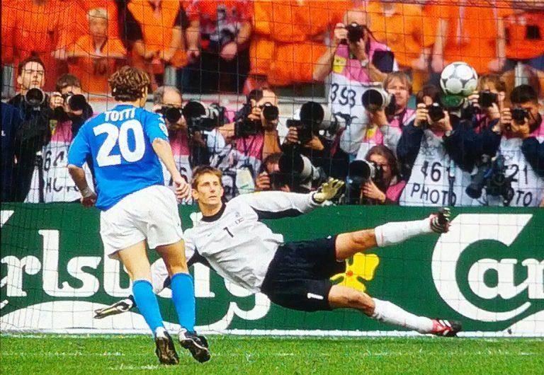 Totti and his trademark 'cucchiaio' against Dutch keeper Edwin van der Sar.